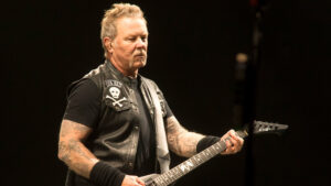 Metallica Delay Tour, Hetfield Enters Rehab!
